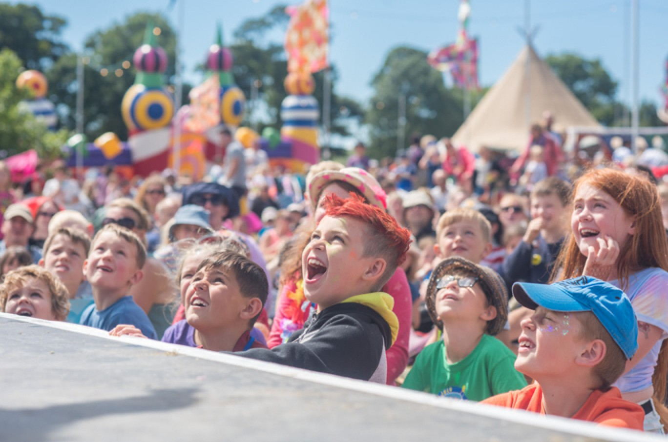 6_123-camp-bestival-2017-kids-field-cl-dsc_28071501585097