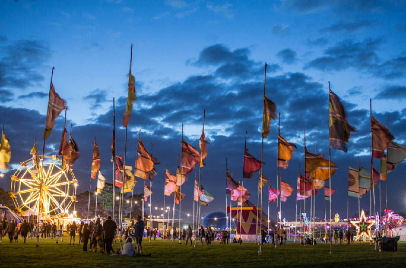 6_143-camp-bestival-friday-224821501585119