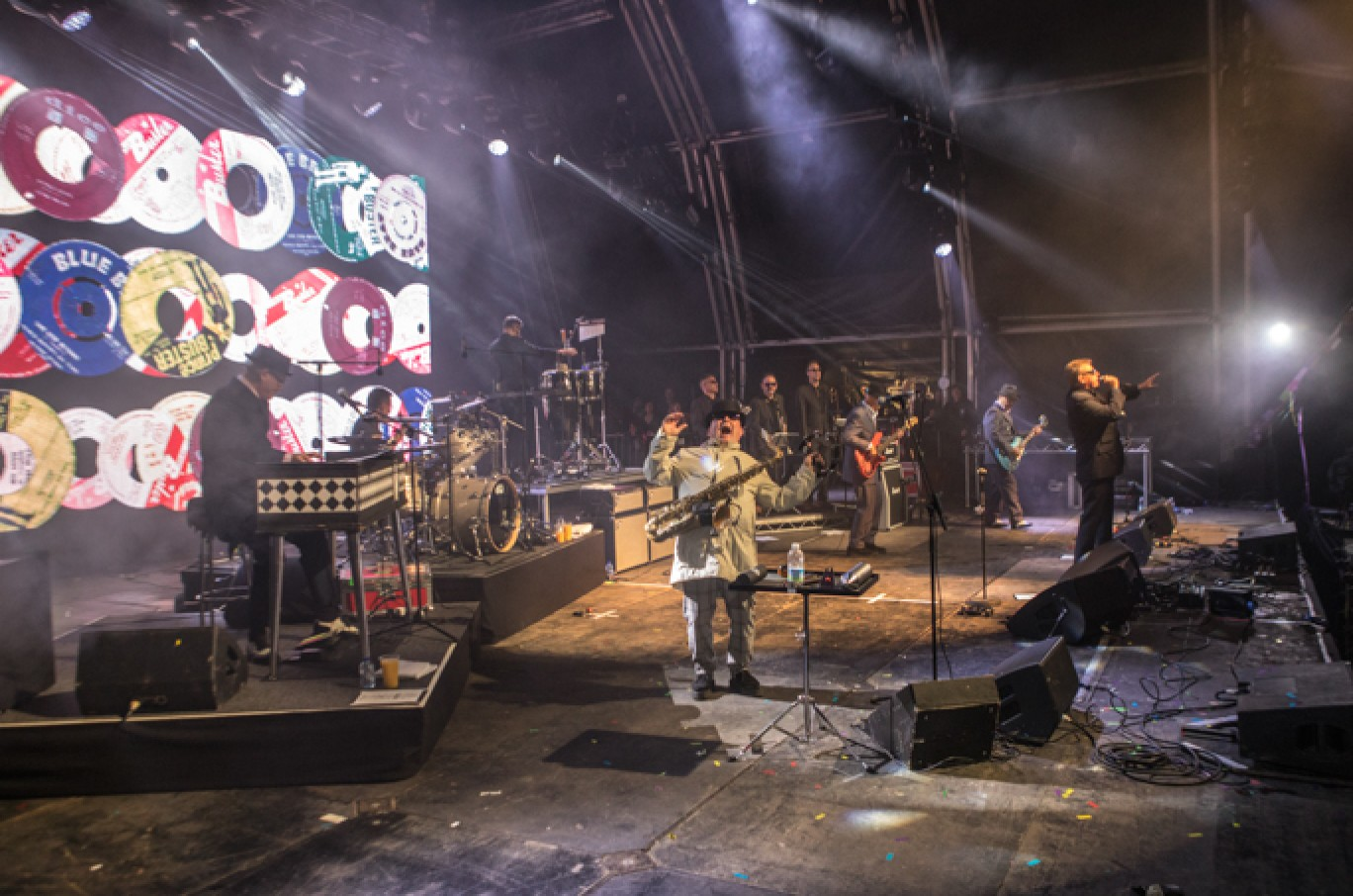 6_38-camp-bestival-2017-madness-vf-vic_52701501585006