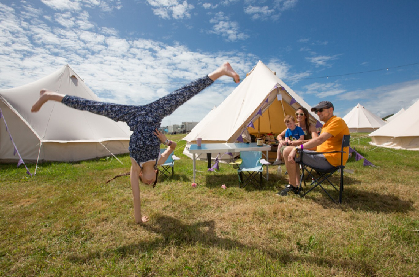 6_7-camp-bestival-thursday-0181501584974