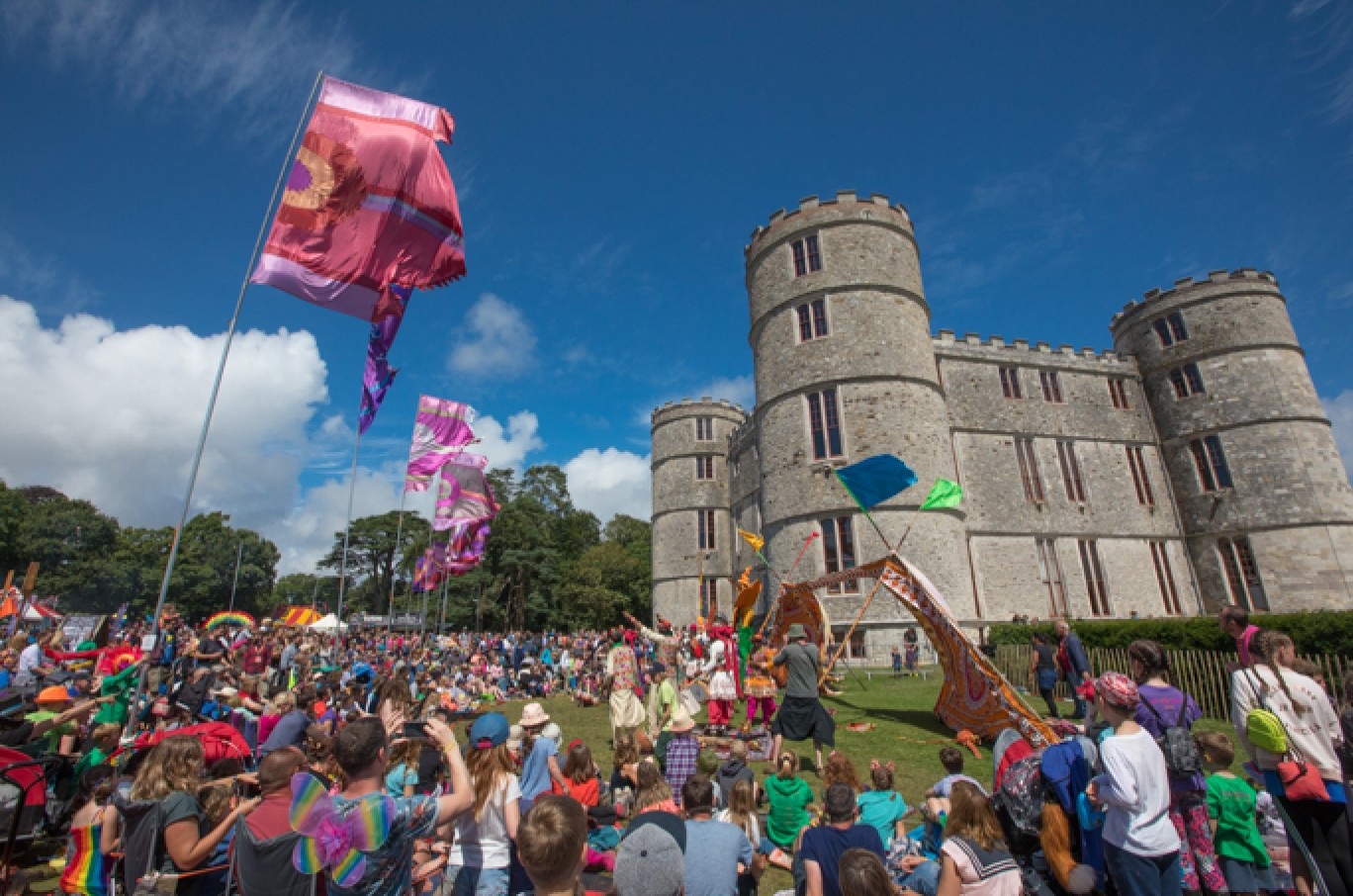 6_70-camp-bestival-2017-castle-field-vf-vic_66061501585037