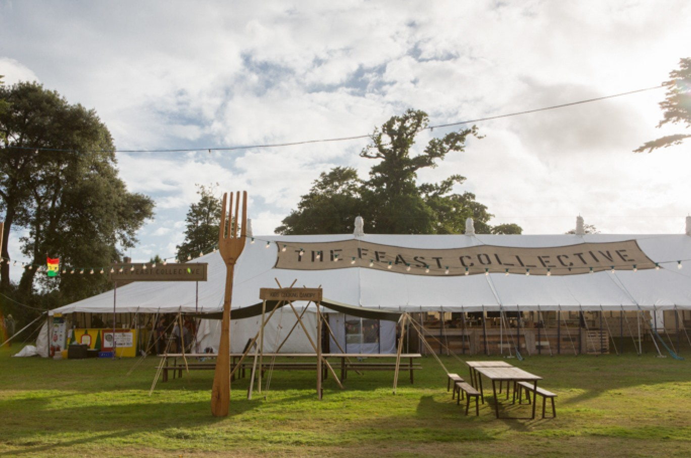 6_87-camp-bestival-thursday-1221501585057