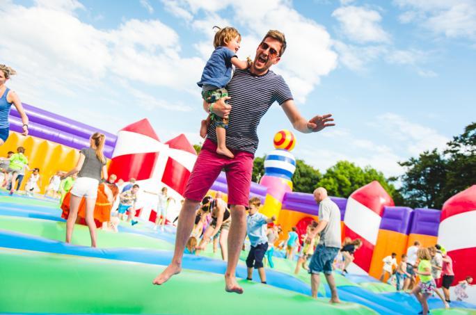 campbestival_bouncycastle_sat_jch_74961474452444
