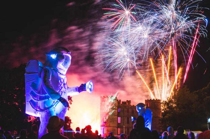campbestival_fireworks_finale_2016_james_9709-51474452612
