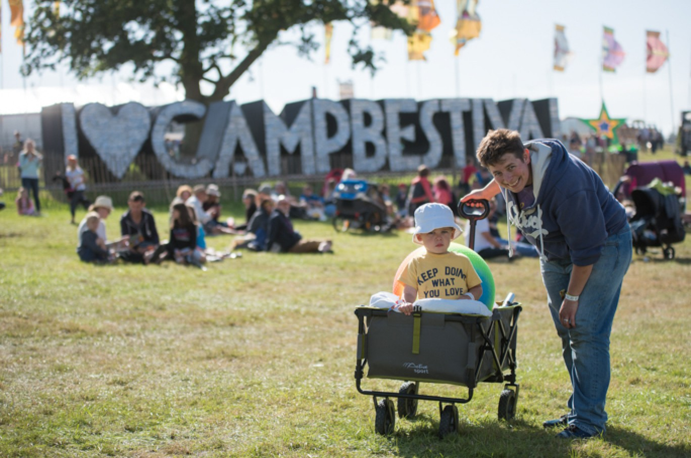 6_136-camp-bestival-thursday-0741501585112