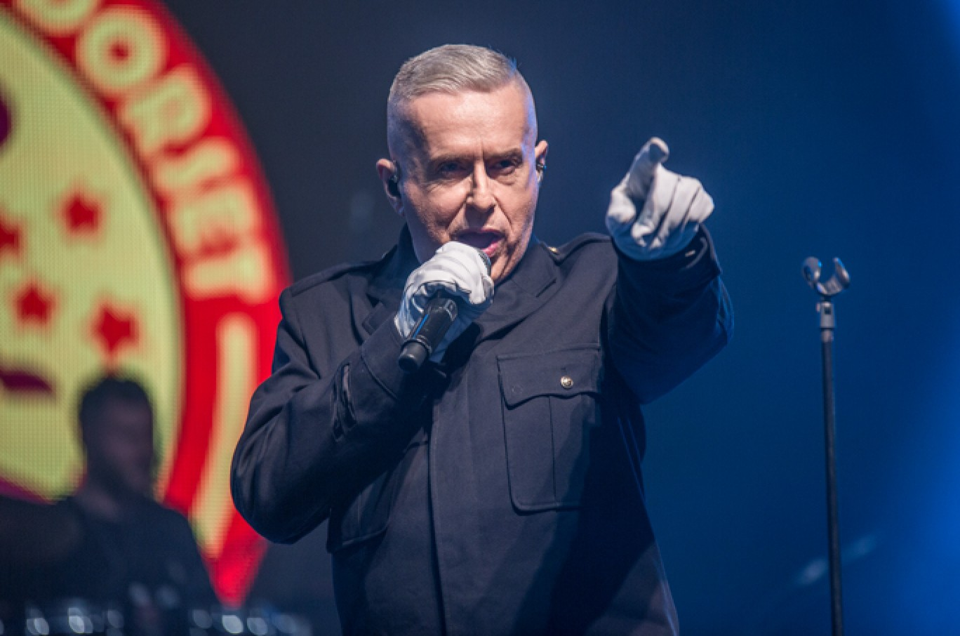 6_139-camp-bestival-2017-holly-johnson-aw-adam12131501585115
