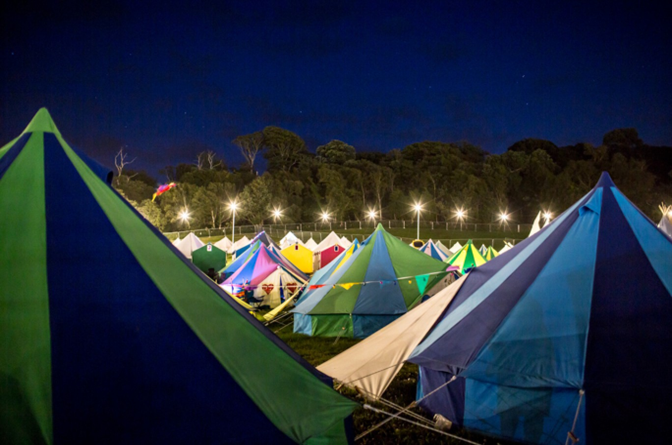 6_98-camp-bestival-friday-226771501585067