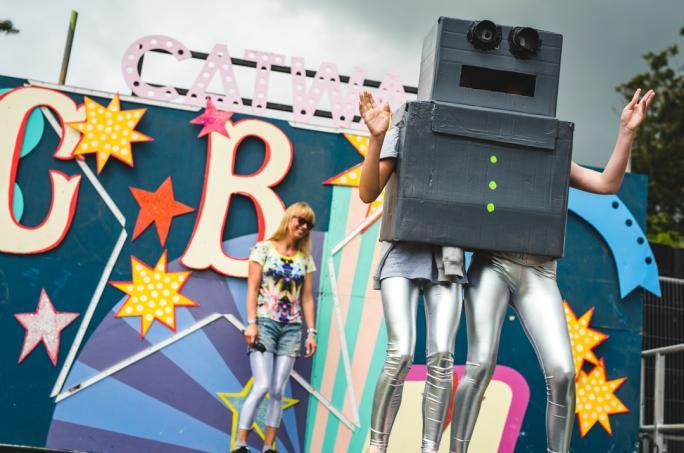 campbestival_catwalk_fancydress_sat_mik1292-61474452485