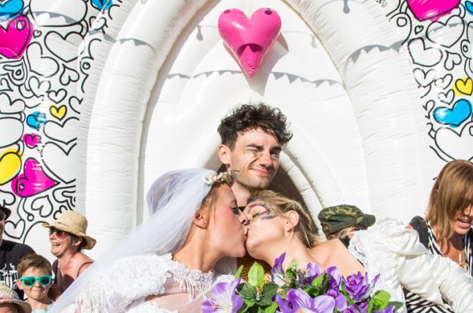 day2_bestival-inflatable-church-magic-meadow-wedding_adam15301438856358