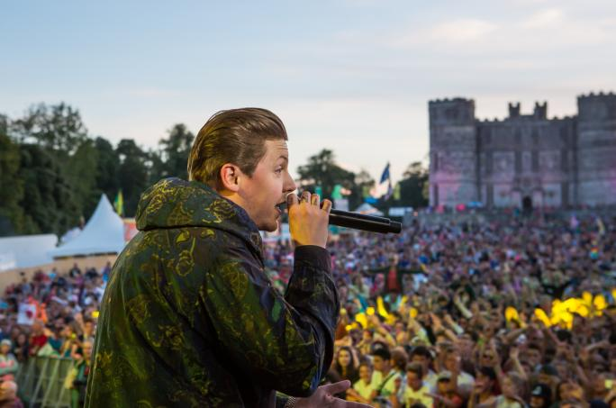 day2_castle-stage-professor-green__vic23781438856454